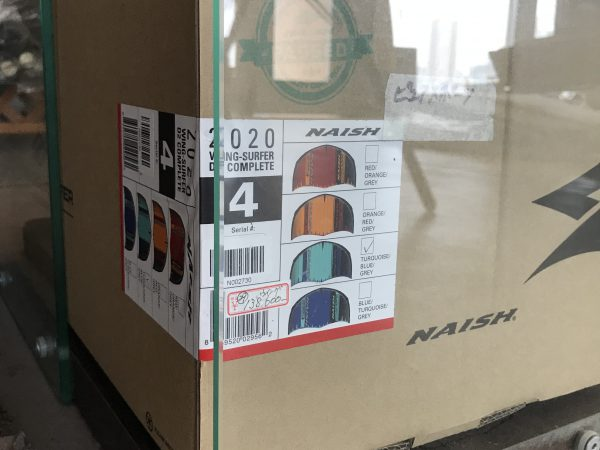 naish wing4,0、4,6入荷済みです。