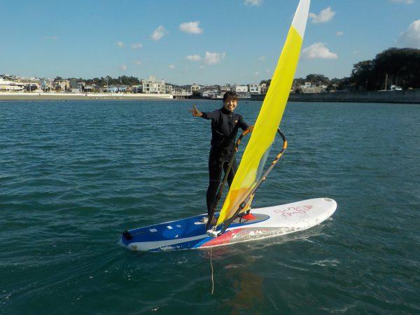 本日はウィンドサーフィン・サーフィン・SUPのスクールです!